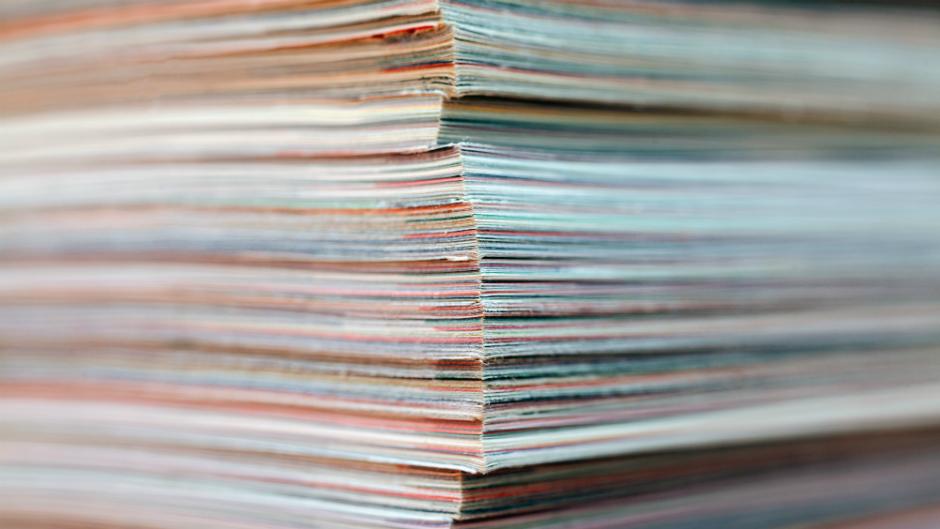 revistas empilhadas